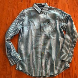 American EagleMen's button down shirt. Size large